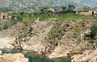 Palwal Fort: waiting for visitors